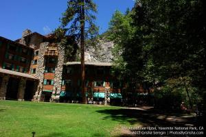 Yosemite-Ahwahnee-Hotel-2